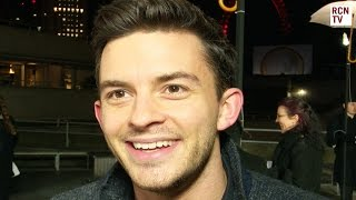 Jonathan Bailey Interview W1A Series 3 Subscribe to Red Carpet News: http://bit.ly/1s3BQ54 Red Carpet News TV talks to VIP ...