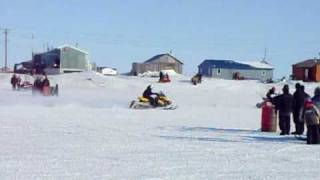 3. POLARIS RUSH 600 vs SKI-DOO E-TEC 600