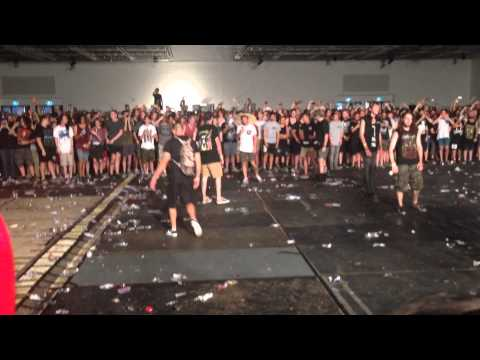 Suicide Silence Wall Of Death At Brisbane Soundwave 22/02/2014
