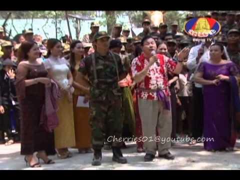 khmer new year 2012 - Khmer New Year 2012 at Prasat Tahmorn.