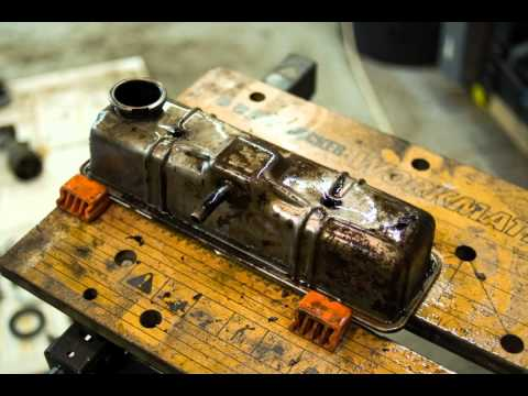 Beautiful stop-motion engine rebuild