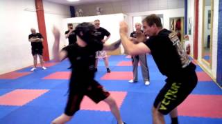 Knife Defence 005