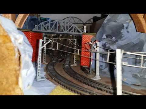 Spur N Modellbahn Anlage Piko Dosto Test mit 119