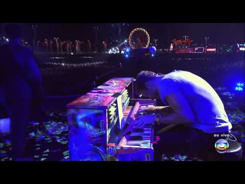 coldplay politik live - Playlist: http://goo.gl/OD2J1 Coldplay live performance at Rock In Rio Festival, Rio de Janeiro, Brazil, October 01, 2011 http://www.coldplay.com http://www....