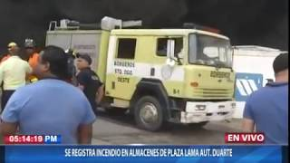 Se registra incendio en almacenes de Plaza Lama de la autopista Duarte