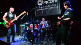 Video Merry´s   No reason to stay   Music a Cafe Nitra 28 5 2016