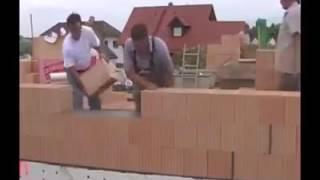 Dobry patent! Niecodzienna technika nakładania zaprawy murarskiej!