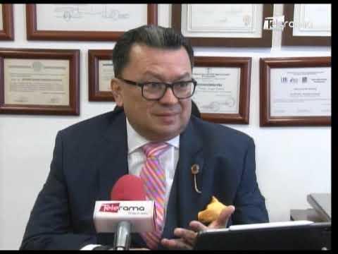 División en Colegio de Abogados del Guayas por posible salida de Salazar