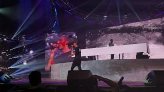 download lagu download musik download mp3 The Chainsmokers - Paris | LIVE at LACC 2016