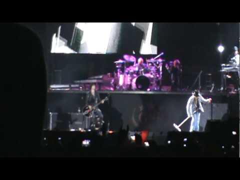 Guns n' Roses - Porto Alegre 17/03/10 - It's So Easy e Mr. Brownstone