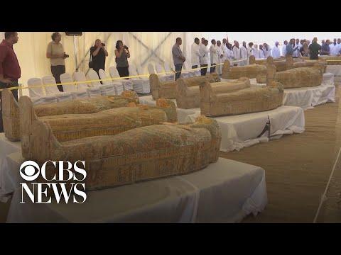 נתגלו 30 מומיות בנות 3000 שנה במצרים
