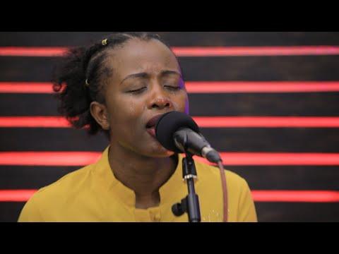 Yves na  Gisele /Uri mwiza/ urakwiriye gushimwa/wastahili/ni ukuri Imana yanjye/ nzohagarara/