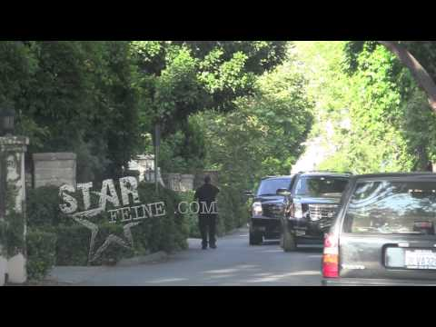 What a douche - Justin Bieber spotted leaving Miley Cyrus's Toluca Lake house driving his Leopard print Audi R8.