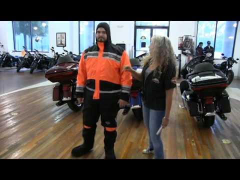 Harley-Davidson Motorcycle Rain Gear Suit Product Showcase 98275-08VM