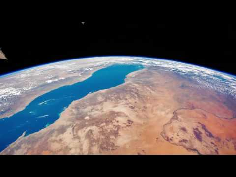 Timelapse Earth From Space: ISS Time Lapse Video - Italy and beyond