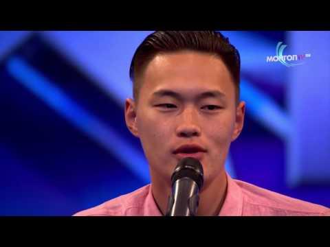 Aasialainen laulaa Countrya – hyvin vetää