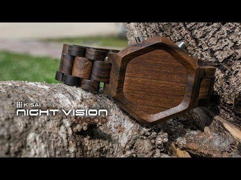 Reloj de madera con iluminación led