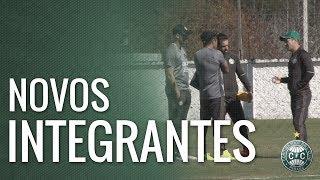 Além do técnico Marcelo Oliveira, quem também é novidade no cube são os auxiliares técnicos Cleocir Santos, o Tico, e Eduardo Ferreira e o preparador físico Juvenilson de Souza.