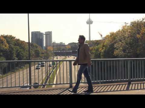 Tekst piosenki Domstürmer - Meine Liebe, meine Stadt, mein Verein po polsku