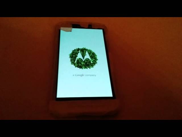 Moto Leaked device booting X+1? New Droid? New phablet? 1of2