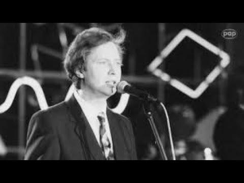 Tekst piosenki Marek Grechuta - Ocalić od zapomnienia po polsku