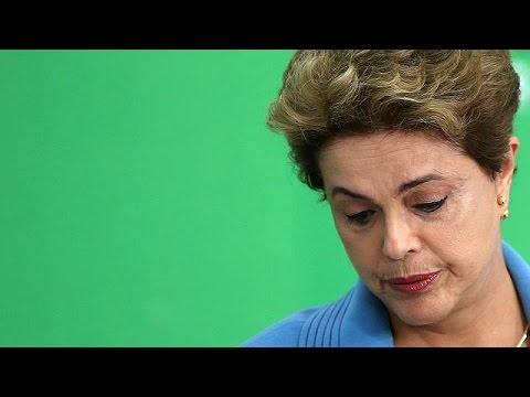 Βραζιλία: Στην ειδική επιτροπή της Γερουσίας η πρόταση για παραπομπή της Ρούσεφ σε δίκη