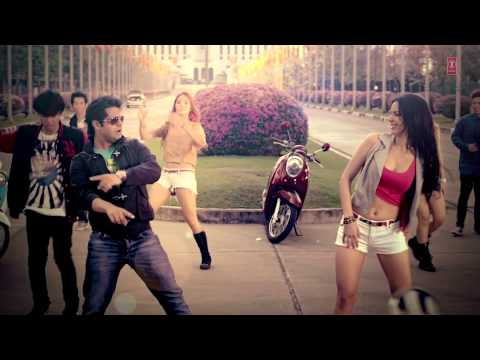 Video Angrezi Desi Video Song Making | Akhil | JSL Singh download in MP3, 3GP, MP4, WEBM, AVI, FLV January 2017