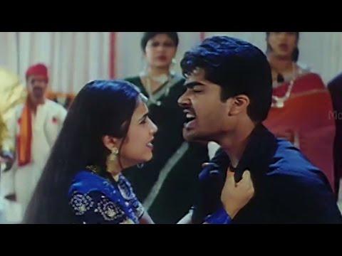 Video Love scene Between Charmee & Simbu || Kurradochadu Movie download in MP3, 3GP, MP4, WEBM, AVI, FLV January 2017