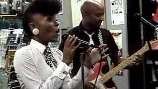 Janelle Monae - live @ Criminal Records