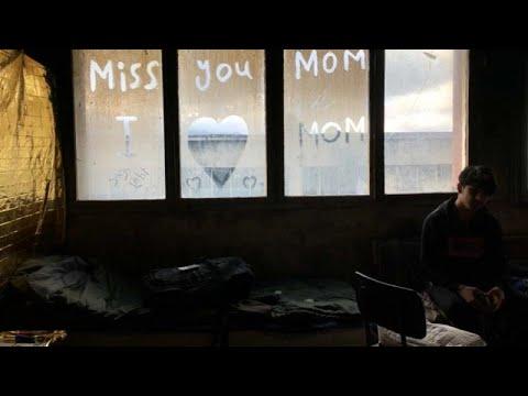 Boσνία: Καταφύγιο σε παλιά κτίρια βρίσκουν πρόσφυγες και μετανάστες …