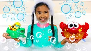 Video Bath Song | Wendy Pretend Play Nursery Rhymes Songs for Kids Toys and Colors MP3, 3GP, MP4, WEBM, AVI, FLV Juni 2019