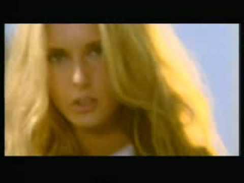 Tekst piosenki Varius Manx - Bezimienna po polsku