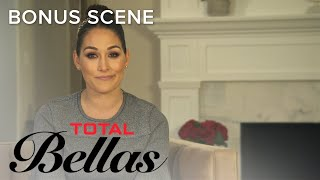 Video Brie Bella & Bryan Danielson Look Back at Old Memories | Total Bellas | E! MP3, 3GP, MP4, WEBM, AVI, FLV Juni 2018