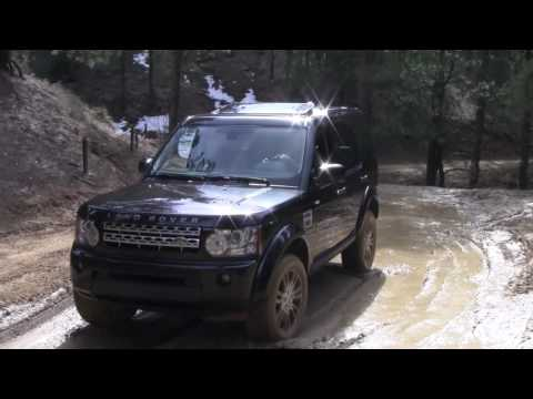 LR4 - ( www.TFLcar.com ) Give us four minutes and we'll give you the scoop. The 2010 Land Rover LR4 may be the perfect compromise between on-road comfort and off-r...