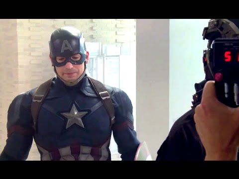 Captain America: Civil War (Featurette 'Story')