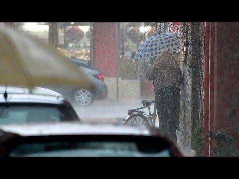Κακοκαιρία στην Ελλάδα: Προβλήματα σε Ιόνιο και Ήπειρο – Χαλάζι στην Αθήνα…