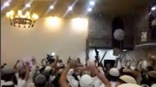 Des extrémistes juifs célèbrent la mort d'un bébé palestinien.
