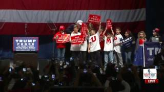 Sterling Heights (MI) United States  city images : Donald Trump Brings Kids up to the Stage in Sterling Heights, MI 11/6/16