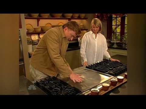 Conan peče s Marthou Stewart