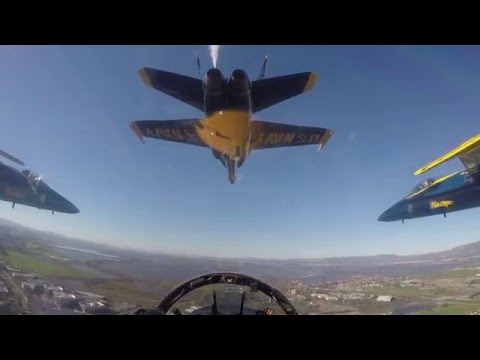 VIDEO: Blue Angels Perspective of Super Bowl Flyover