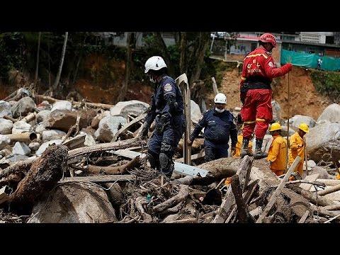 Εκατοντάδες νεκροί από ποταμό λάσπης που κατέκλυσε την επαρχία Πουτουμάγιο