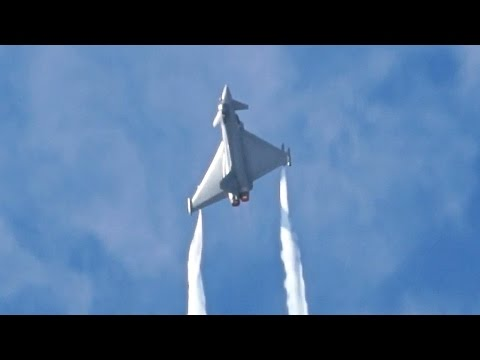 The Italian Air Force presenting...