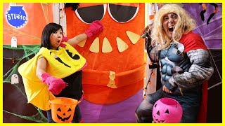 DON'T Trick or Treat Wrong Door!! Scary Halloween Doors + What's in the Box