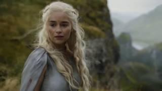 Cenas finas em que Drogon - o dragão mais obediente de Daenerys, está maior em sua evolução máxima.  ep 5x09, 5x10, 6x06.