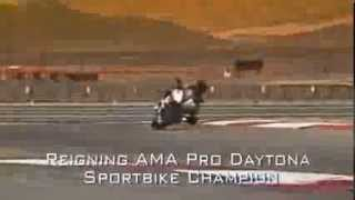9. 2014 Yamaha YZF R6 Walkaround Official Video