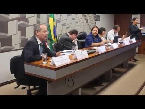 No Senado, presidente do Consed diz que o Brasil demorou para discutir mudanças no Ensino Médio