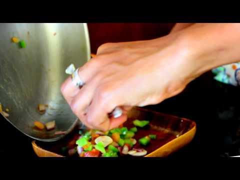 Two 10-Minute Pita Pizza Recipes