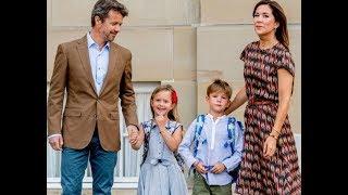 Federico y Mary de Dinamarca llevan a sus hijos al cole: lo que deben aprender Felipe y Letizia ✪ Completa Una encuestas y...