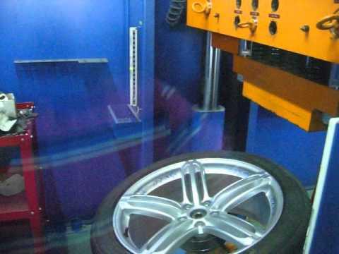 Тест литых дисков WSP Italy W560 Pompei на удар спицы (Audi)