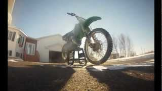 9. New Dirt bike : 2000 Kawasaki Kx 125 - Walk around (GoPro HD)